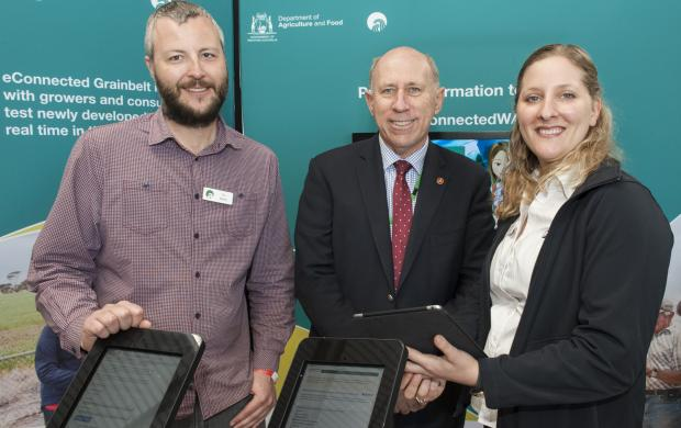 Tim Maling and Katherine Davies from DAFWA with Minister Baston.