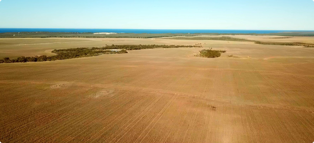 Aerial photograph of broad-based banks on the south coast of Western Australia