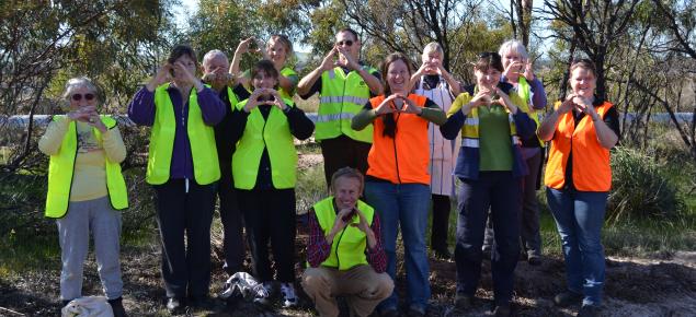 Community volunteer group photo