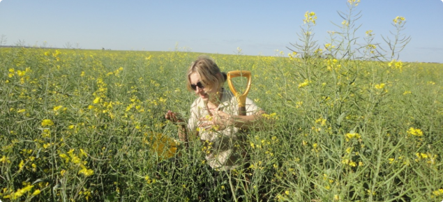 Nadine Hollamby in a canola crop