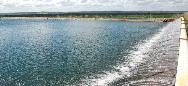 Water pumped into a dam, aerated to remove iron