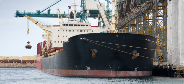 Picture of a bulk ship in the Port of Esperance being loaded with grain