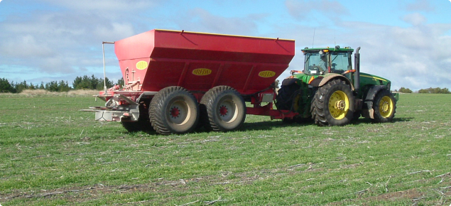 On line tools and apps are available to assist growers with decisions about whether to apply a top up nitrogen fertiliser and how much.